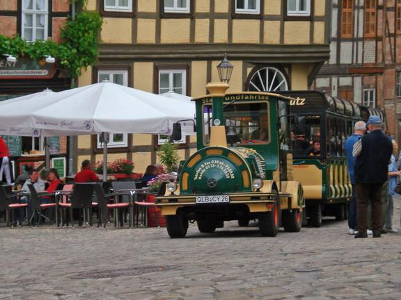 Fahrt der Quedlinburger Bimmelbahn
